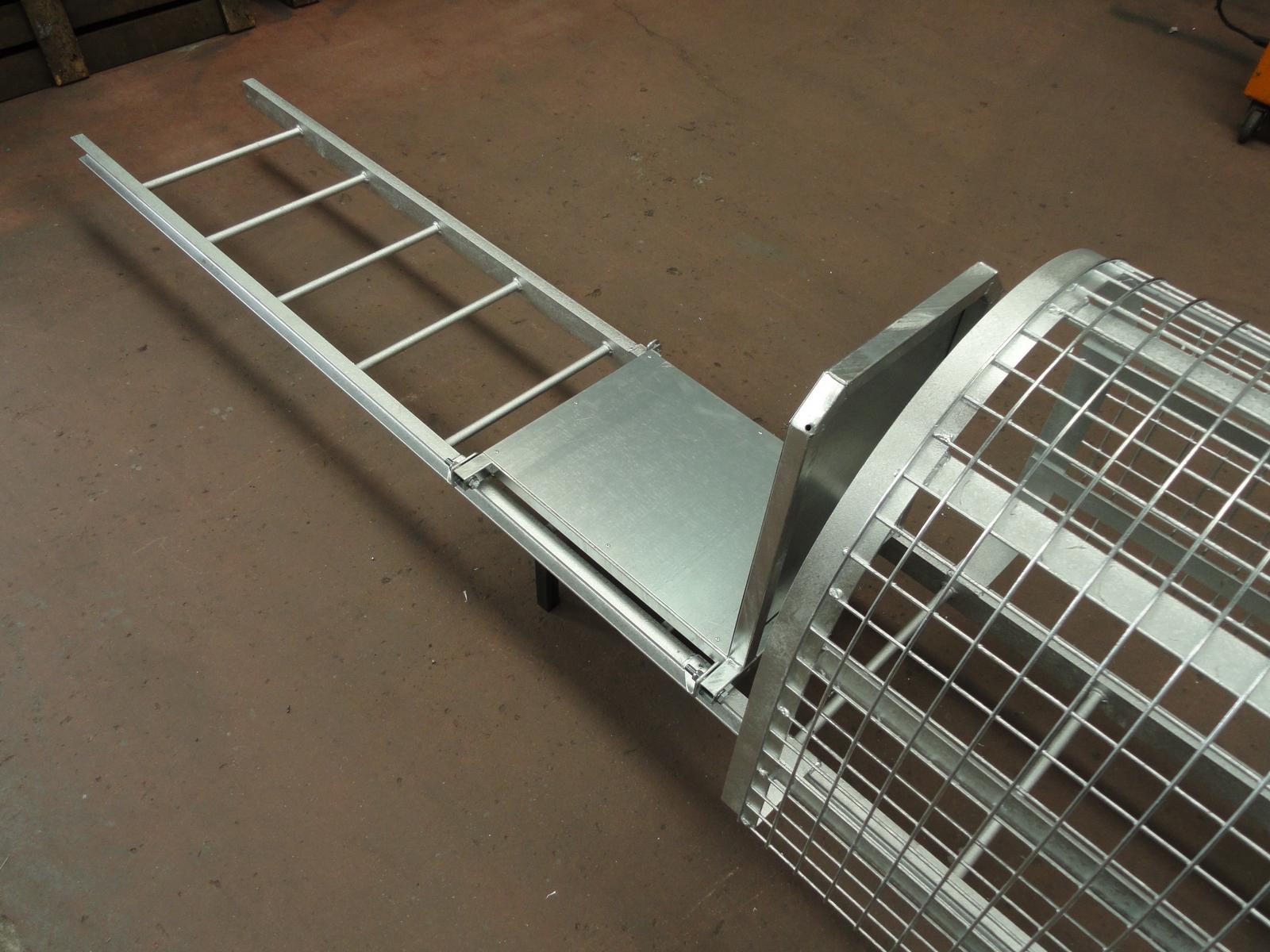 Escaleras de gato con quitamiedos y guardas - Escalera de gato con proteccion ...